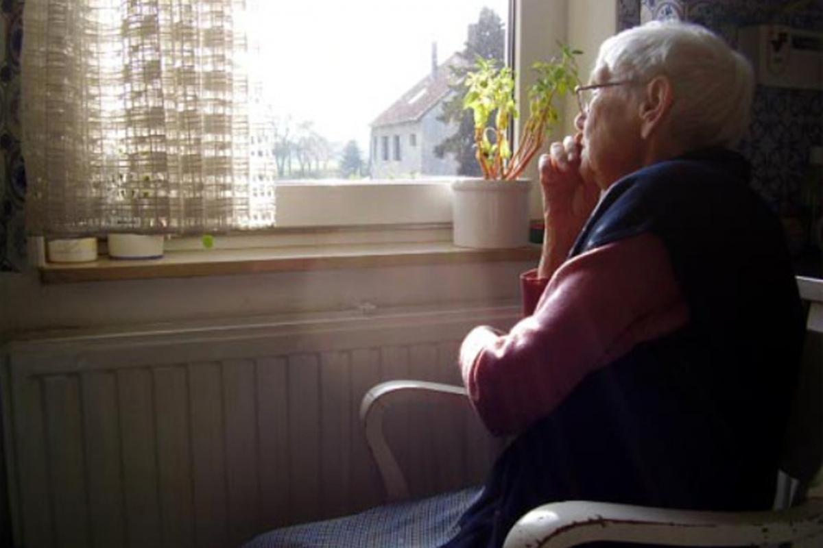 anziani-soli-768